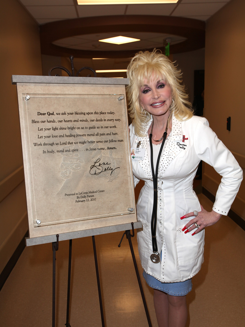 Dolly Parton at the opening of LeConte Medical Center